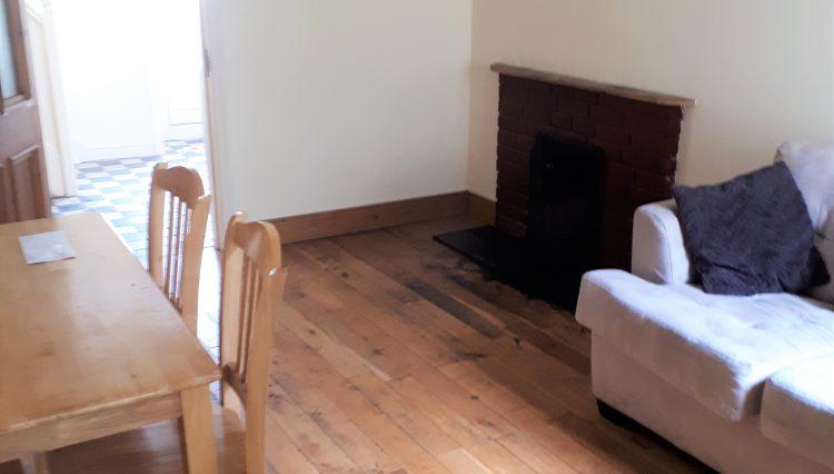 Living room 49 McCurtain St