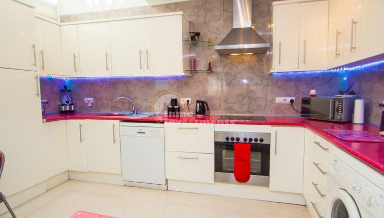 ref 4666 kitchen 1