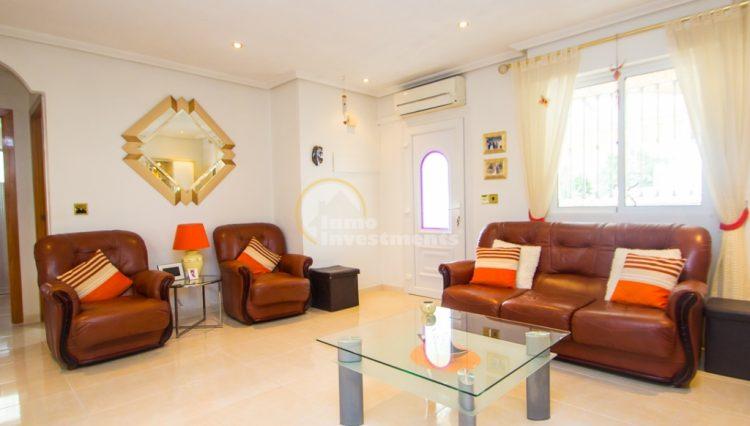 ref 4666 living area
