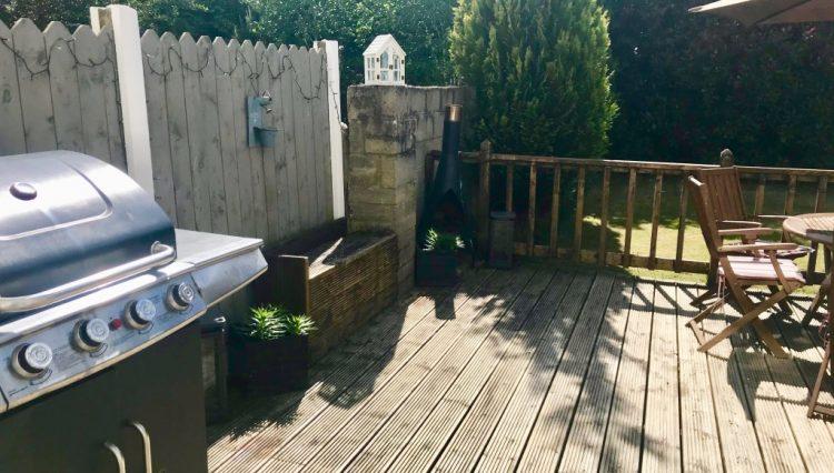 Back Garden 1 (Medium)